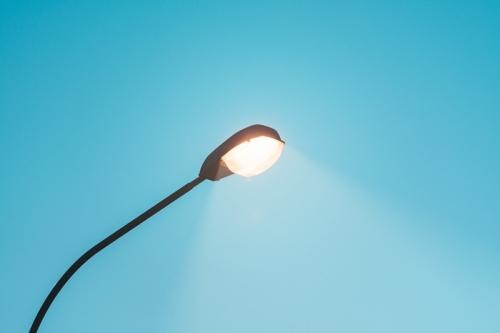 LED路灯如何保持穿透性?